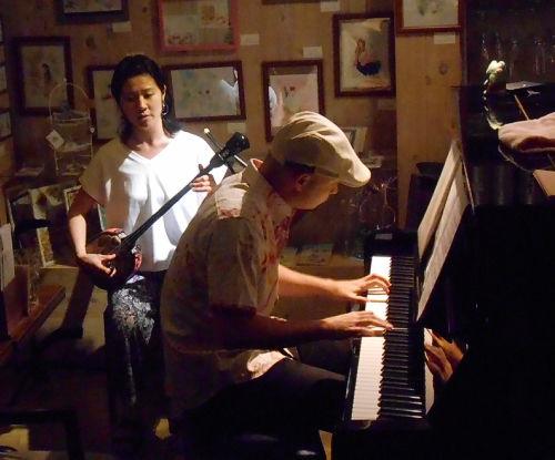 沖縄から始まった「うたの日」を祈念して開催する沖縄の歌と民話、そして新しいうたのライヴ