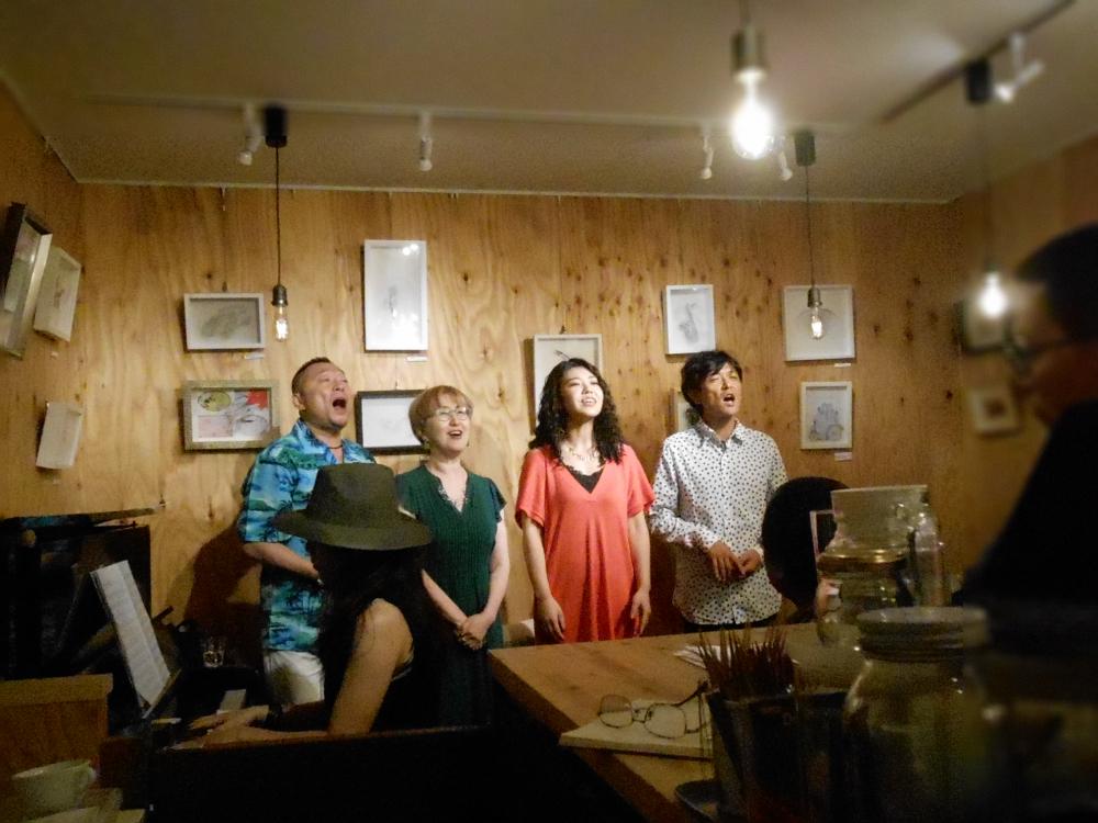 木質空間ならではの男女4声の生声でのハーモニーによるジャズコーラスライヴ